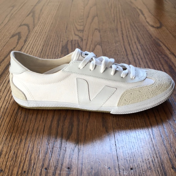 Sustainable Veja Volley White Sneaker